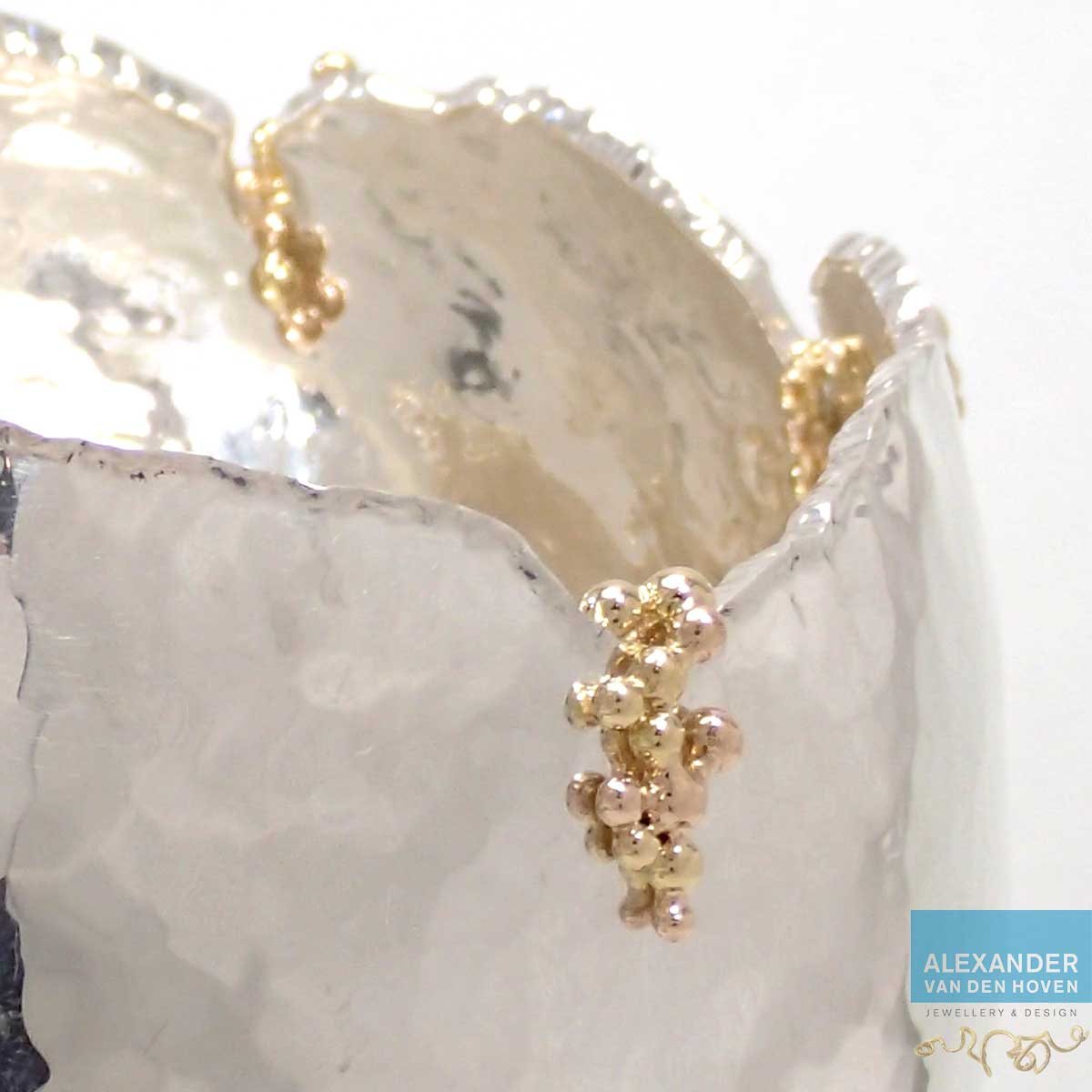 zilveren-schaaltje-gouden-bolletjes-detail-2