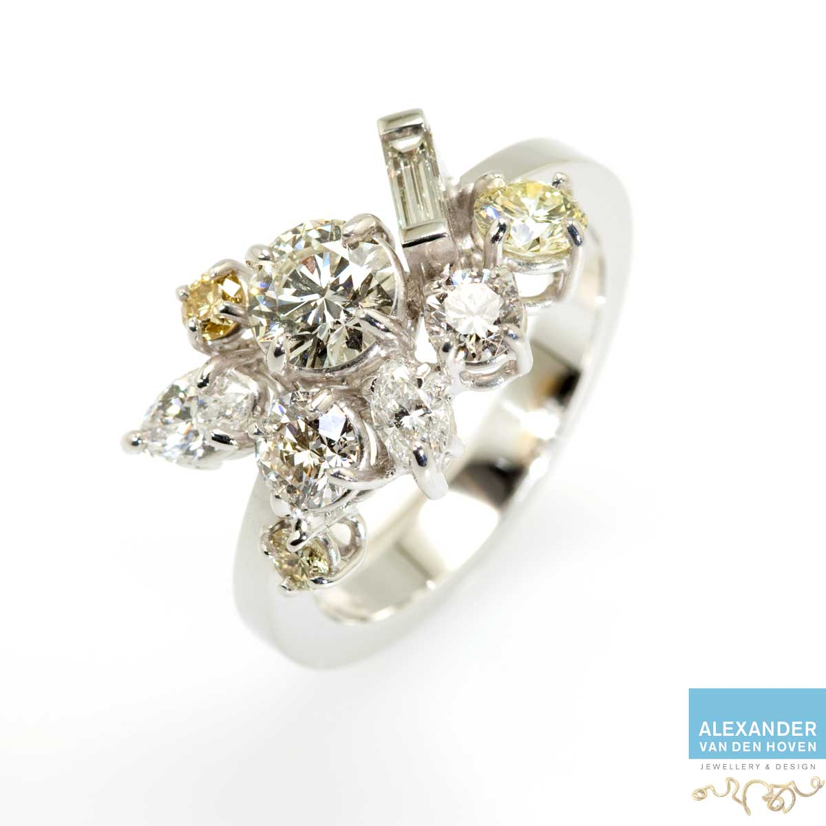 Fantasie Alliance ring met Diamanten