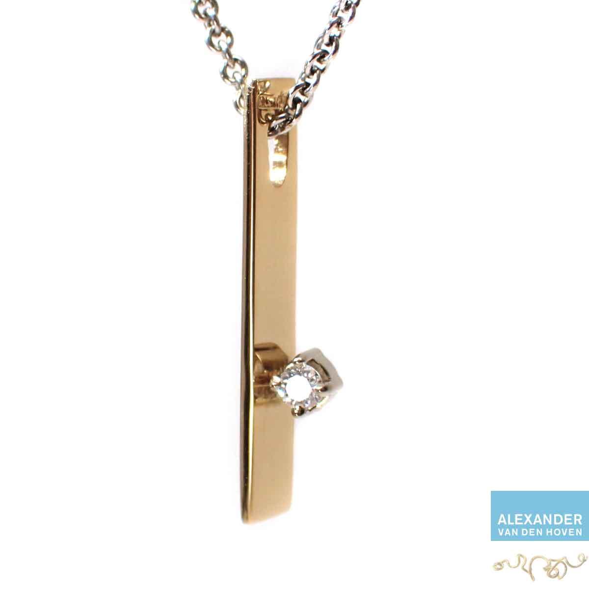Gouden-collier-Diamant-briljant