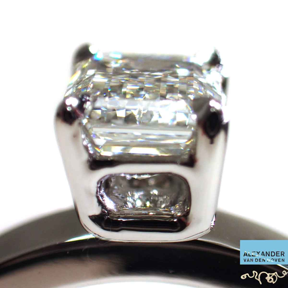 Platina-Diamond-solitair-ring-Geen_witgoud