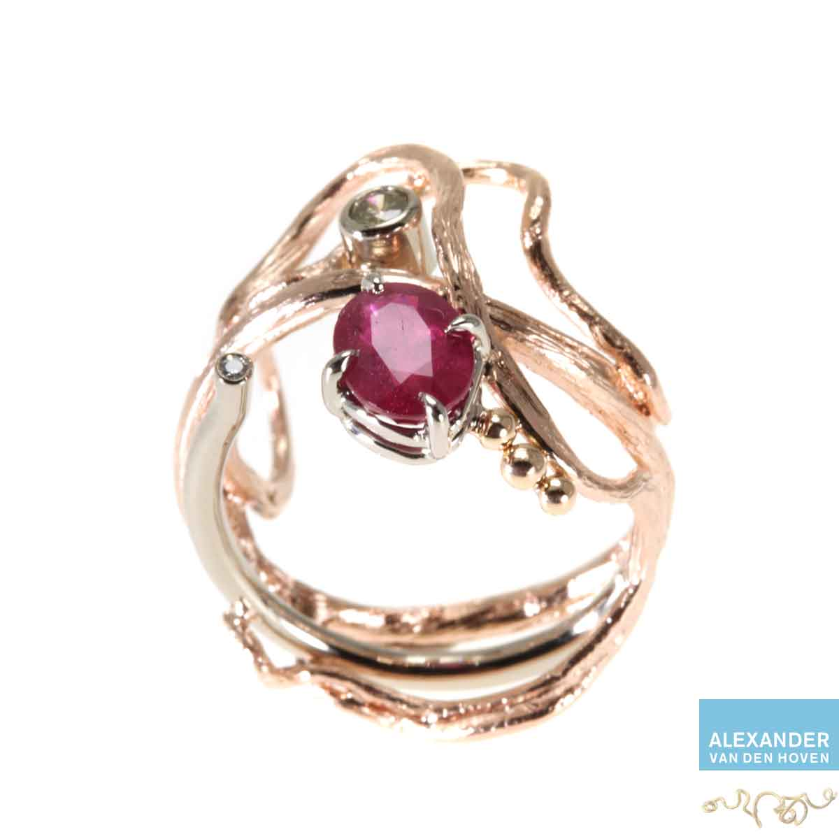 Roodgoud-Ruby-ring-Diamond-Briljanten
