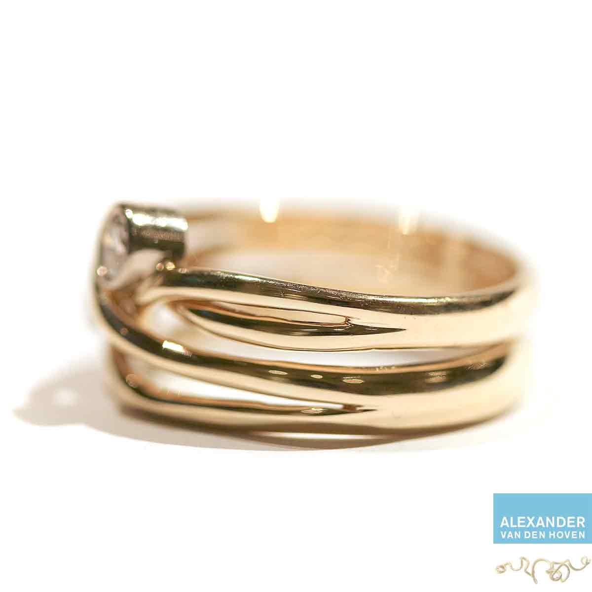 Trouwring-veranderen-gevlochten-Briljant-Diamant