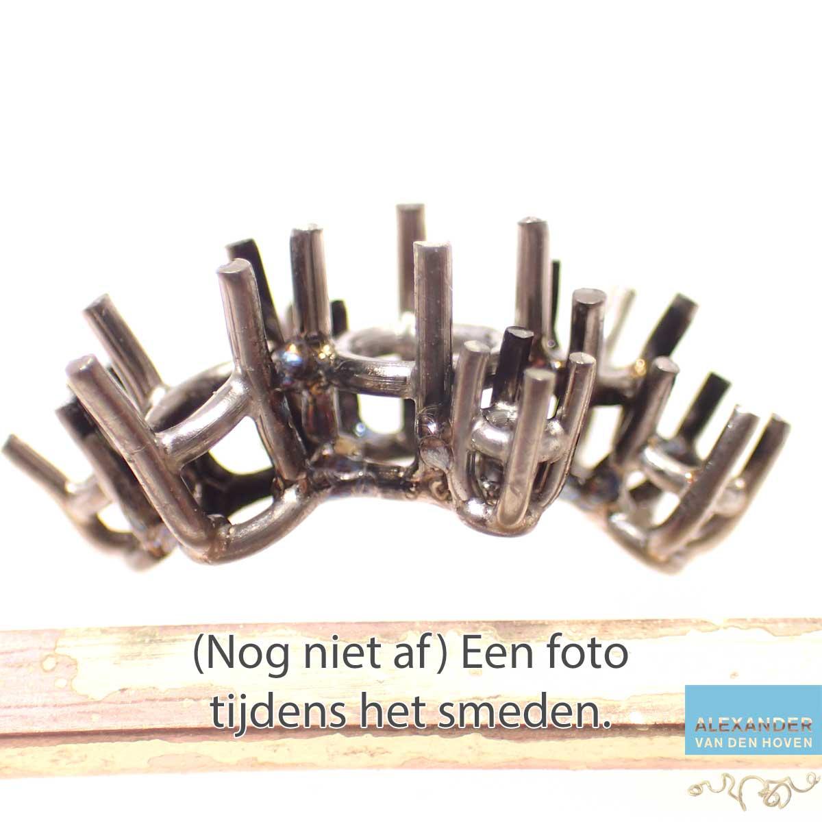 Witgouden-zettingen-ring