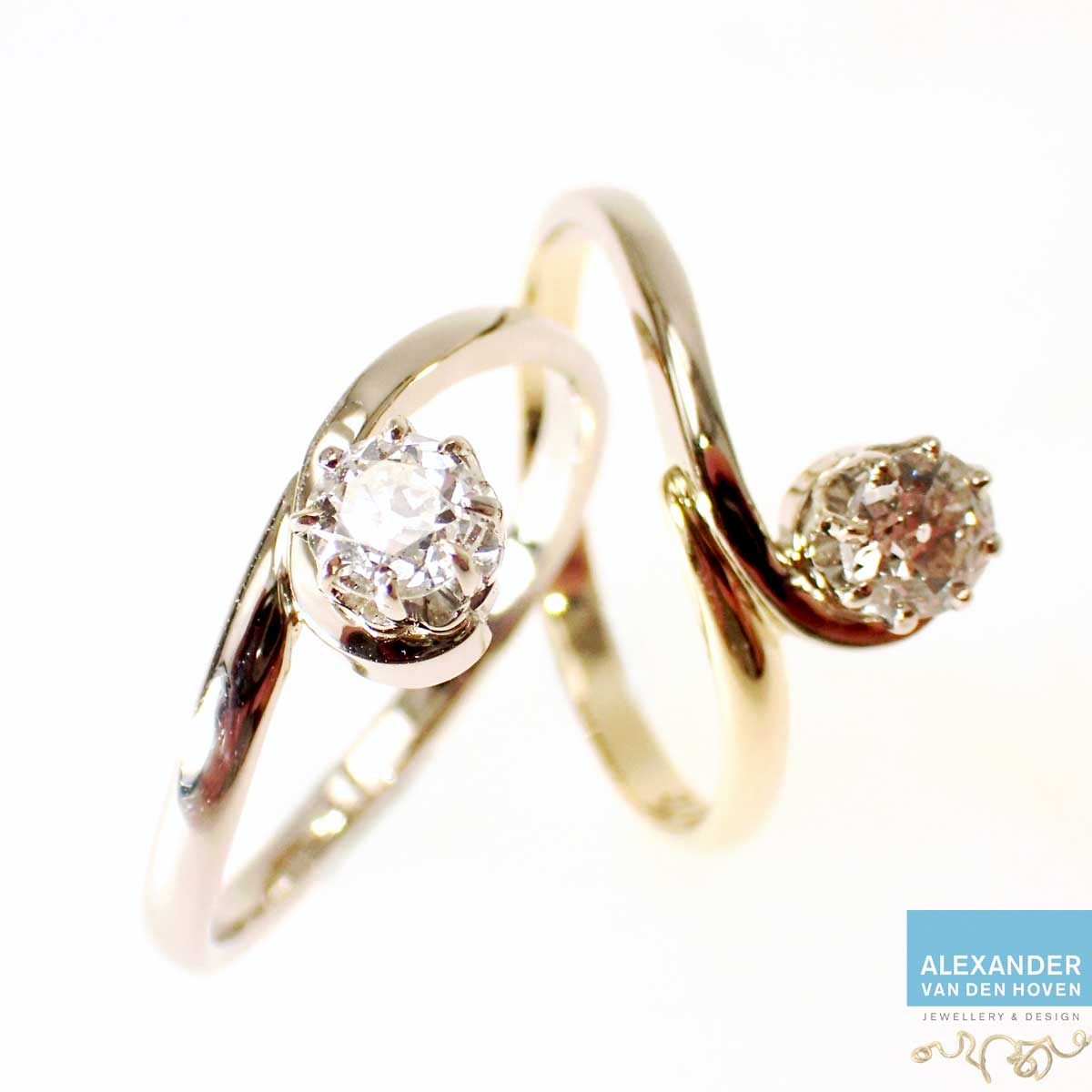 2 ringen gemaakt van 1 gouden ring
