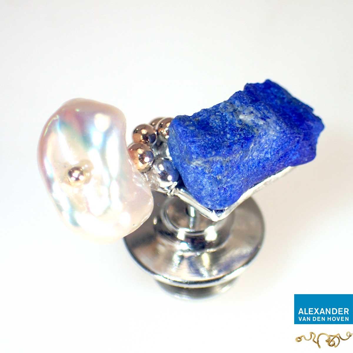 Pin-goud-Lapis-Lazuli-Parel-grillig-1