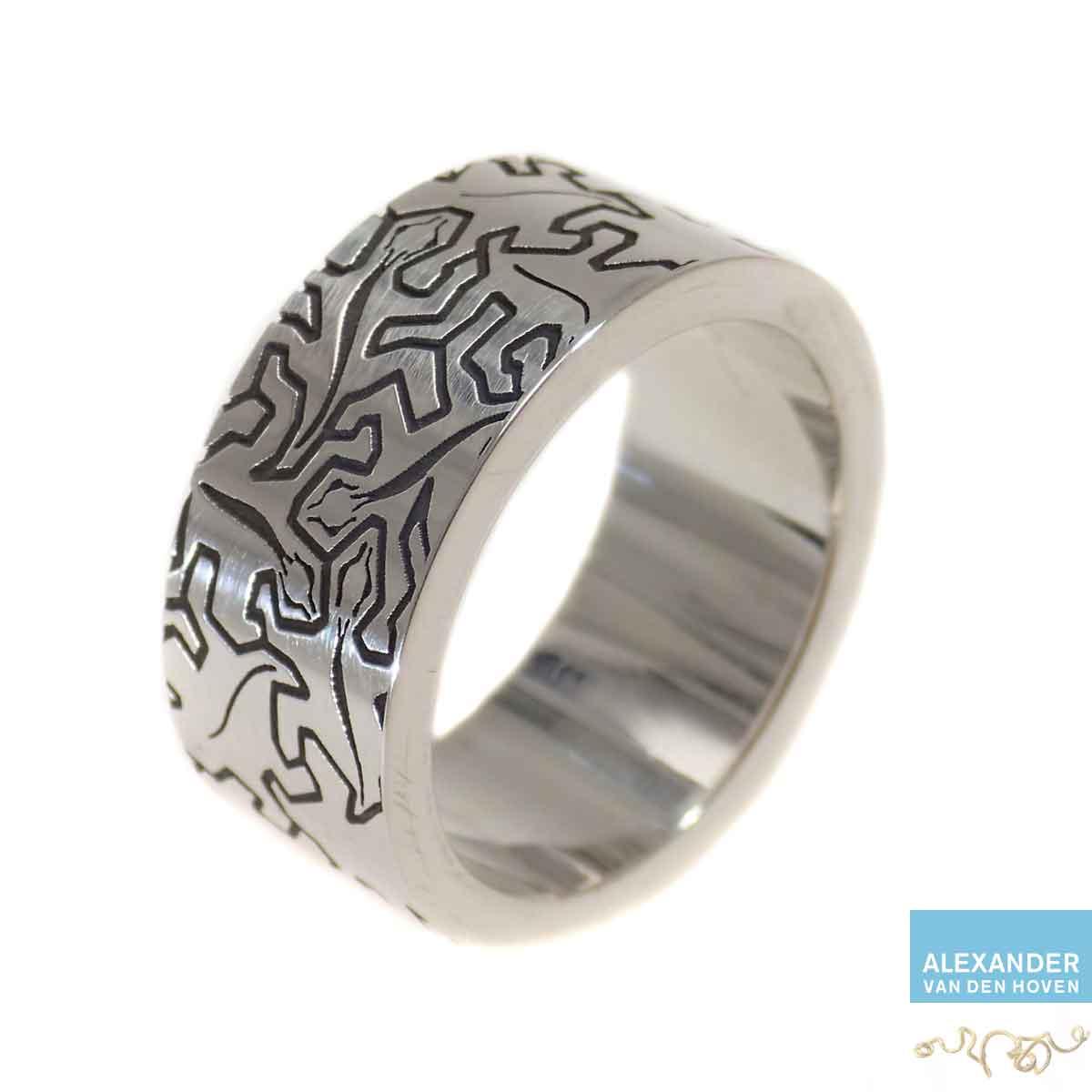 Zilveren-ring-Escher-motief
