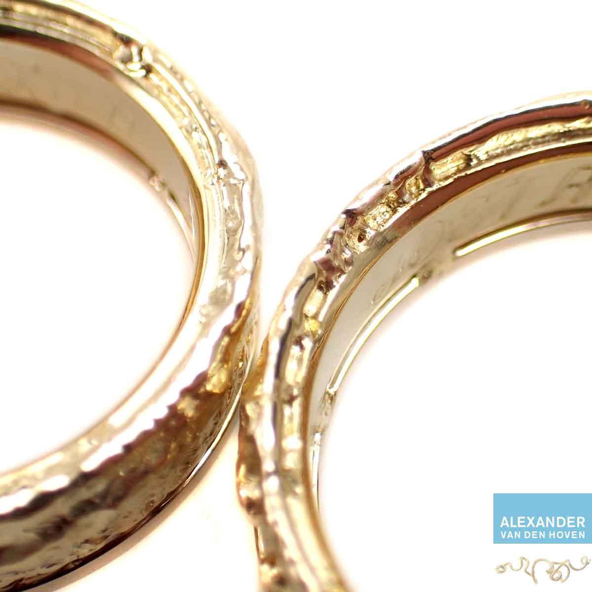 Gouden-trouwringen-veranderd-2-delen