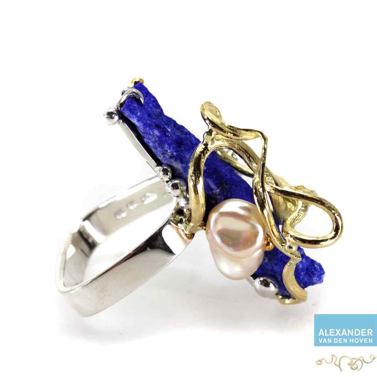 Geelgouden-ring-Lapis-Lazuli-Briljanten