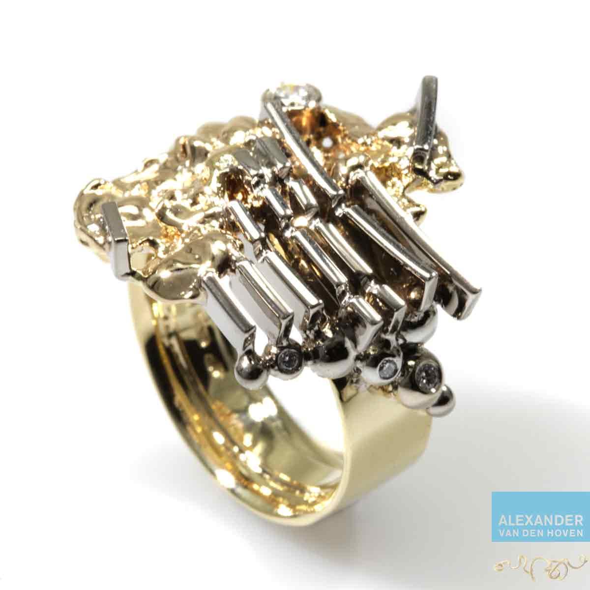 Gouden-ring-vingerafdruk-Diamant