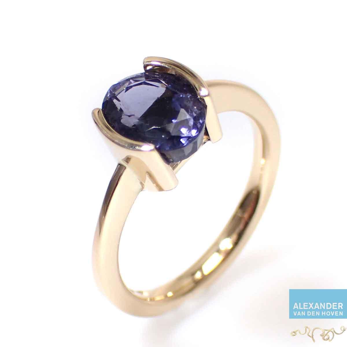 ioliet-ovaal-gouden-ring