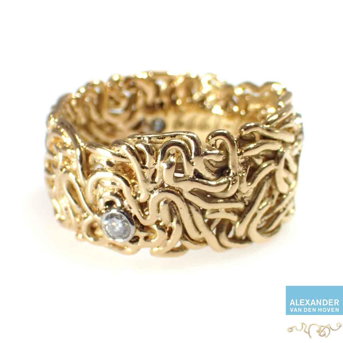 Gouden-gevlochten-trouwring-platinum-zettingen