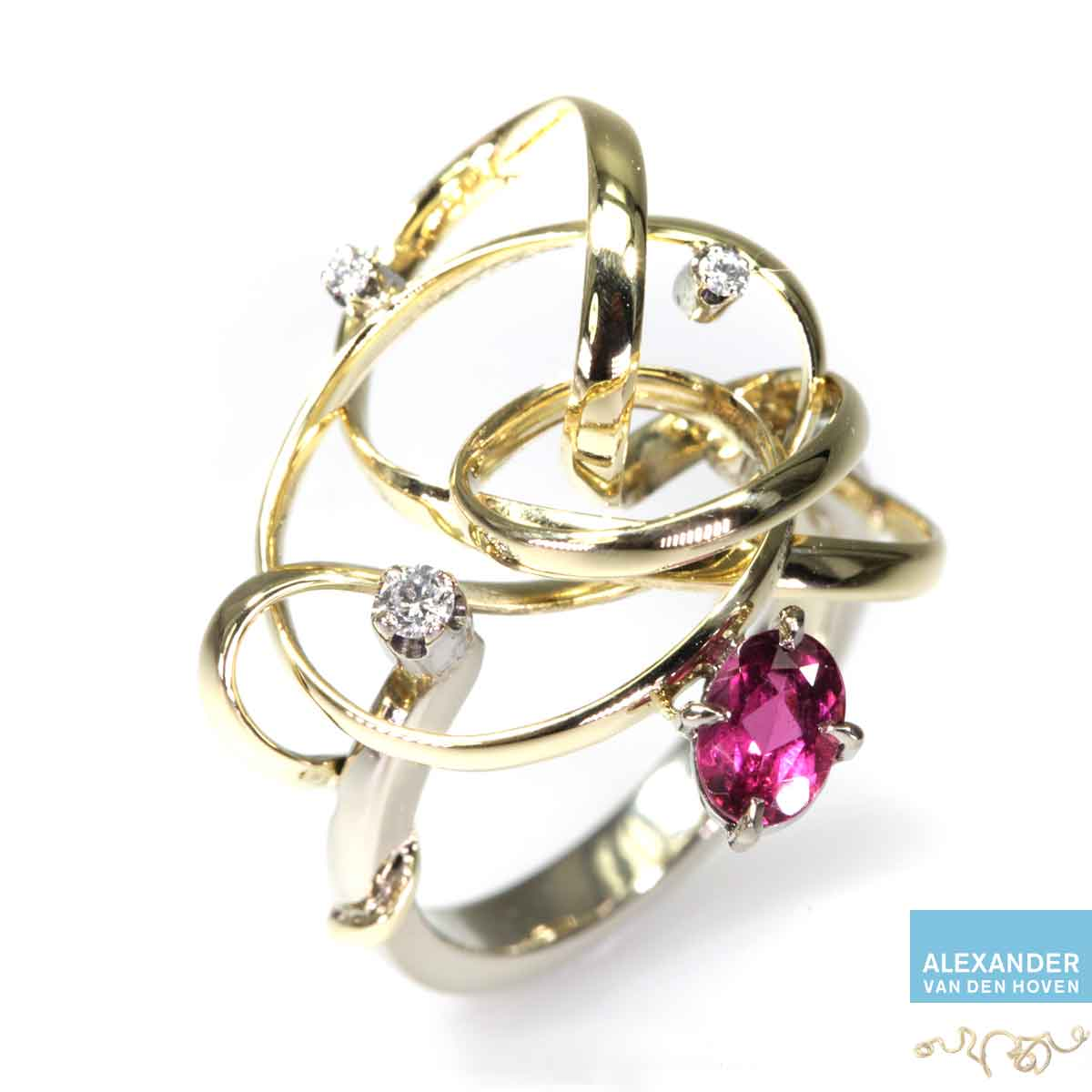 Gouden-krul-ring-Robijn-Diamanten-golvende-gebogen-krullen