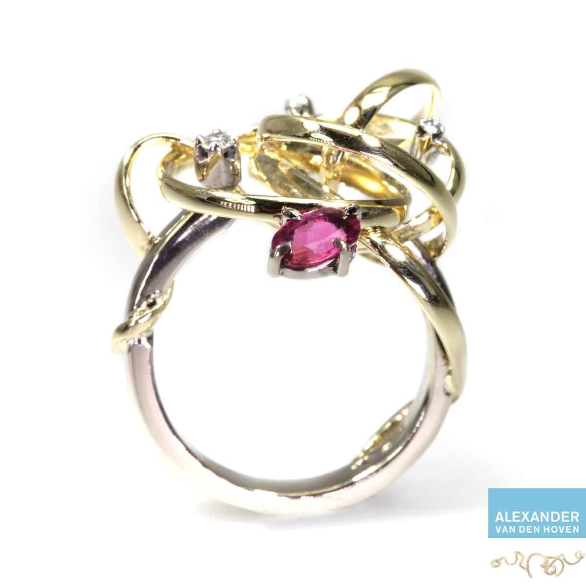 Gouden-krul-ring-rood-Robijn-Diamanten-golvende-gebogen-krullen