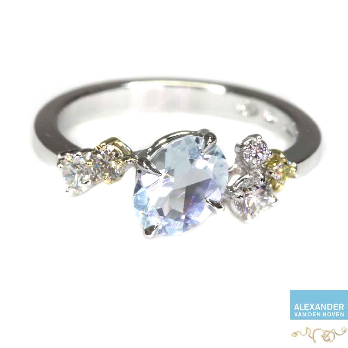 witgouden-ring-Diamant-Aquamarijn-Briljant-cluster