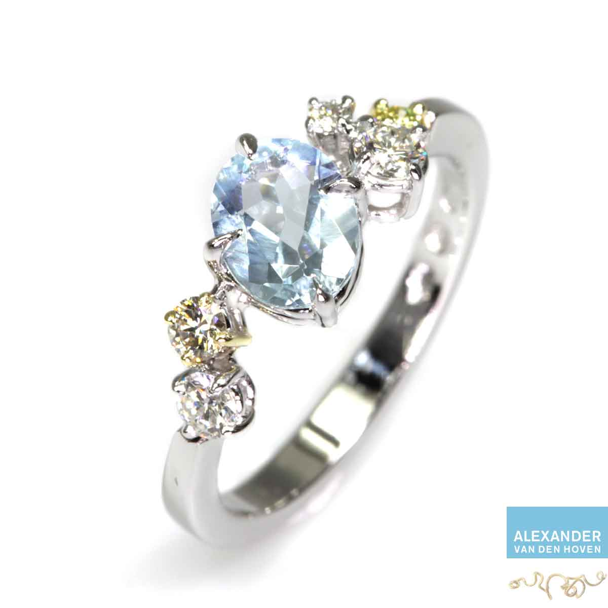 witgouden-ring-Diamanten-Aquamarijn-Briljant-cluster