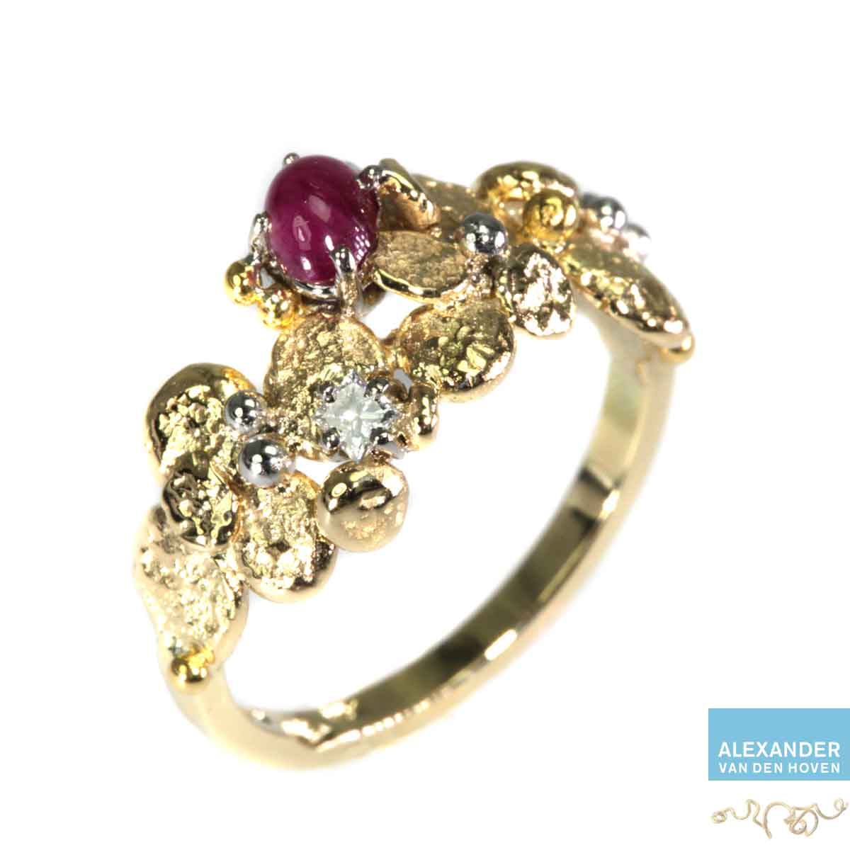 gouden-ring-Ruby-Diamond-Princess-granules