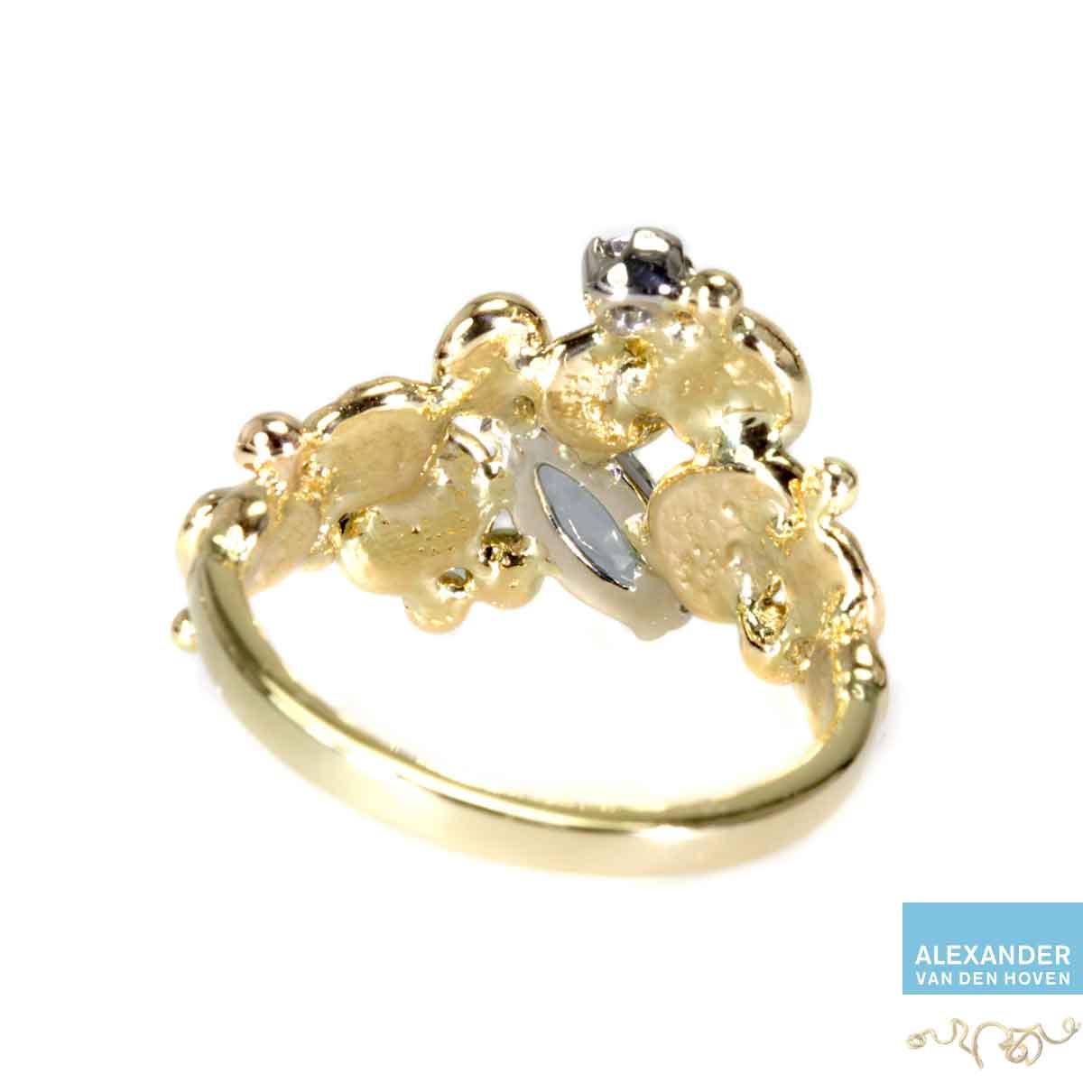gouden-ring-aquamarijn-granules-grillig-diamant