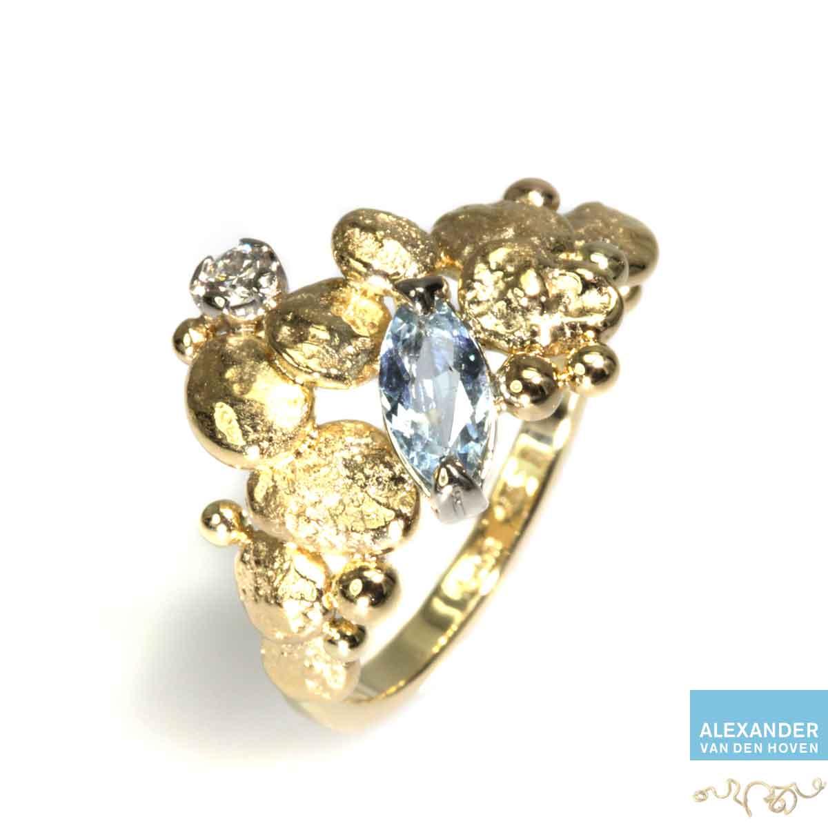 gouden-ring-aquamarijn-granules-grillig