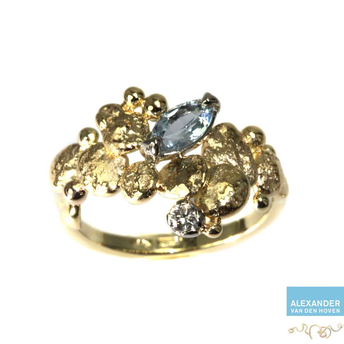 gouden-ring-aquamarijn-granules-kiezelsteen-diamant