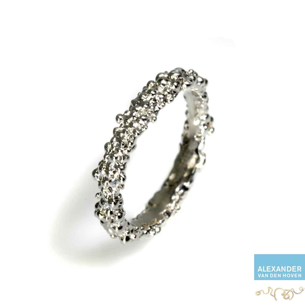 witgoud-ring-bolletjes-granules-greinen-platina