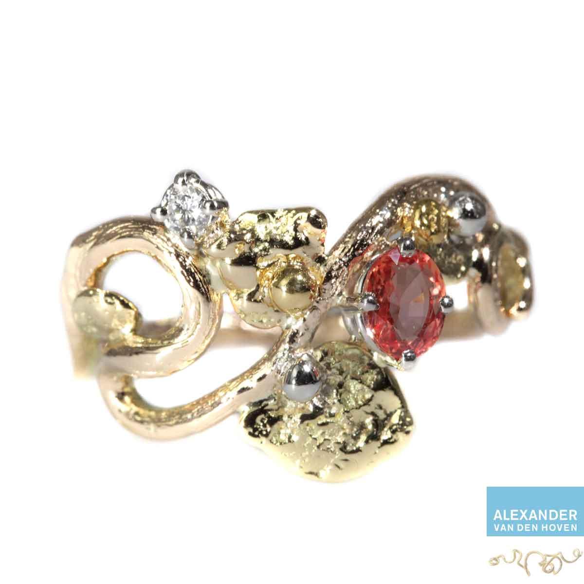 Roodgouden ring met rose oranje saffier briljant